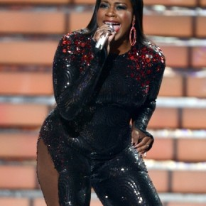 Fantasia-Barrino-Performs-On-American-Idol-Finale-1-435x580-290x290